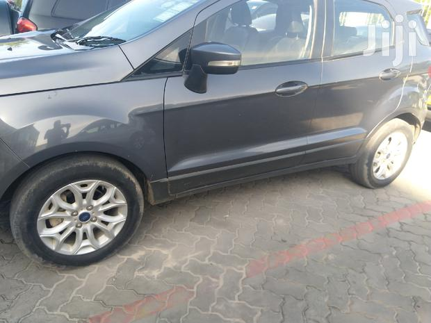 Archive: Ford EcoSport 2016 Gray