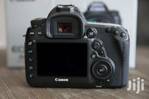 Brand New Canon EOS 5D Mark IV 30.4mp Digital Slr Camera