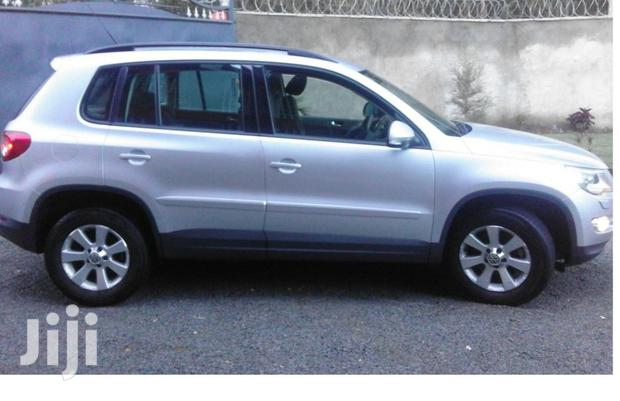Archive: Volkswagen Tiguan 2010 S 4Motion Silver