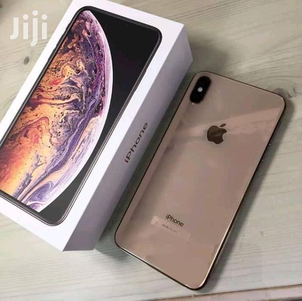 Archive: New Apple iPhone XS Max 512 MB Black
